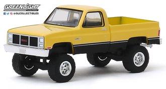 1:64 All-Terrain Series 9 - 1987 GMC High Sierra (Colonial Yellow/Black)