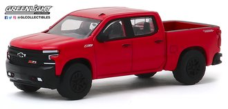 1:64 All-Terrain Series 9 - 2019 Chevrolet Silverado LT Trail Boss (Red Hot)