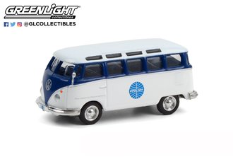 "1:64 Club Vee-Dub Series 12 - 1964 Volkswagen Samba Bus ""Pan Am Airways"""