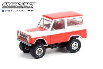1:64 1977 Ford Bronco Custom (Lot #847) - Red/White