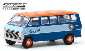 """1:64 1968 Ford Club Wagon """"Gulf Oil"""""""