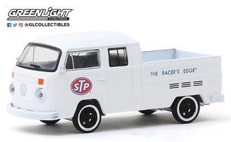 """1:64 1976 Volkswagen T2 Type 2 Double Cab Pickup Truck STP """"The Racer's Edge"""