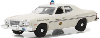 """1:64 Hot Pursuit Series 27 - 1975 Ford Torino """"San Diego, CA Police"""""""