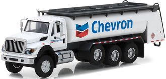 "1:64 S.D. Trucks Series 5 - 2018 International WorkStar Tanker Truck ""Chevron"""