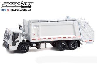 1:64 S.D. Trucks Series 13 - 2020 Mack LR Rear Loader Refuse Truck - White
