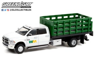 1:64 Dually Drivers Series 7 - 2018 Ram 3500 Dually Stake Truck - Waste Management