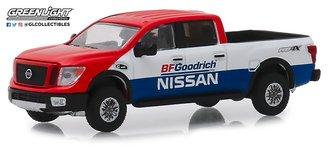 1:64 Tokyo Torque Series 6 - 2018 Nissan Titan XD Pro-4X BFGoodrich Nissan Baja Desert Tribute