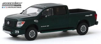 1:64 2019 Nissan Titan XD Pro-4X (Midnight Pine Metallic)