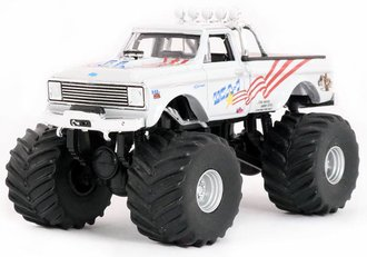 "1:64 Kings of Crunch Series 1 - 1970 Chevy K-10 Monster Truck ""USA-1"""