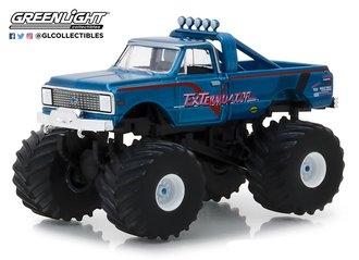 1:64 Kings of Crunch Series 2 - ExTerminator - 1972 Chevy K-10 Monster Truck