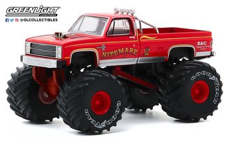 1:64 Kings of Crunch Series 7 - Nightmare II - 1986 Chevy Silverado Monster Truck