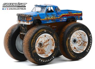 1:64 Kings of Crunch Series 7 - Bigfoot #7 - 1996 Ford F-250 Monster Truck (Dirty Version)