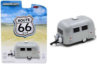 1:64 Airstream 16' Bambi Sport (Silver)