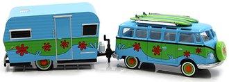 1:64 Hitch & Tow - Volkswagen Samba Bus & 1959 Siesta Travel Trailer