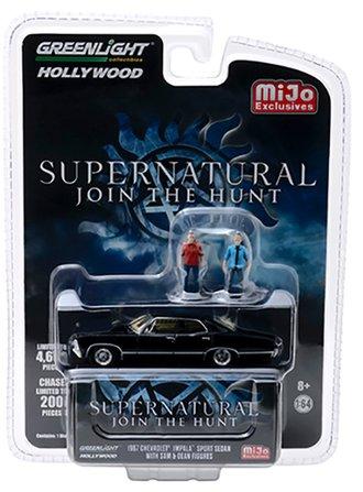 1:64 Supernatural - 1967 Chevrolet Impala Sport Sedan w/Sam & Dean Figures