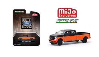1:64 2019 Ford F-350 Dually Pickup Truck (Black/Orange)