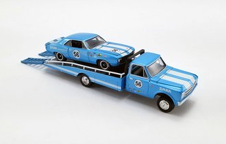 "1:64 1967 Chevrolet C30 Ramp Truck w/#56 1967 Trans Am Camaro ""Dana Chevrolet"""