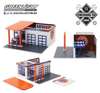 "1:64 Mechanic's Corner Series 6 - Vintage Gas Station ""Union 76 Service Station"""