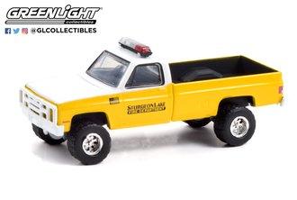1:64 Fire & Rescue Series 1 - 1987 Chevrolet M1008 4x4 - Sturgeon Lake, Minnesota Fire Department