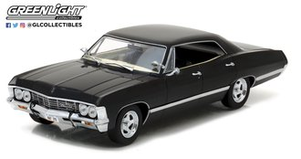 1:24 1967 Chevrolet Impala Sport Sedan (Tuxedo Black)