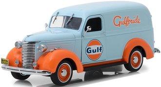 "1:24 Running on Empty - 1939 Chevrolet Panel Truck ""Gulf Oil"""