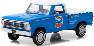 "1:24 Running on Empty - 1972 Ford F-100 Pickup w/Bed Cover ""Chevron Full Service"""