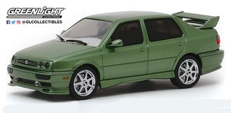 1:43 1995 Volkswagen Jetta A3 (Custom Green)