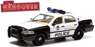 1:18 The Hangover (2009) - 2000 Ford Crown Victoria Police Interceptor 2.4 GHz Remote Control