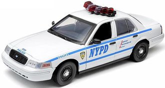1:18 New York City Police Dept (NYPD) Ford Crown Victoria Interceptor 2.4 GHz Remote Control