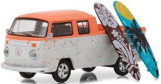 "1:64 The Hobby Shop Series 3 - Volkswagen Type 2 Crew Cab Pickup ""Doka"" w/Surfboard"