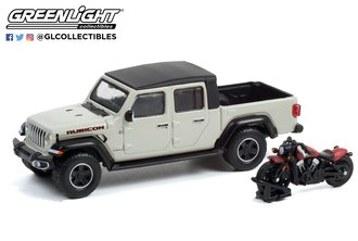 1:64 The Hobby Shop Series 12 - 2020 Jeep Gladiator Rubicon w/2020 Indian Scout