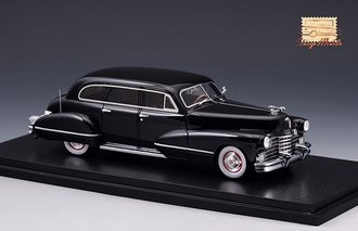 1942 Cadillac Series 67 (Black)