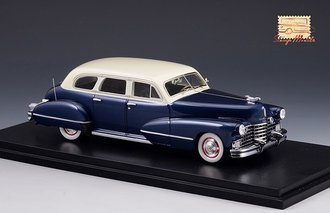 1942 Cadillac Series 67 (Blue/White)