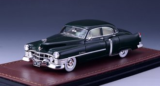 1951 Cadillac Series 61 Sedan (Dark Green)