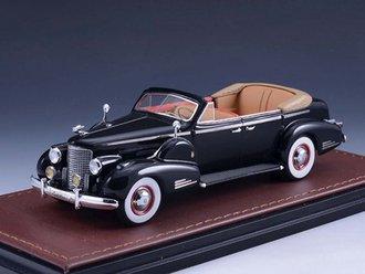 1938 Cadillac V16 Series 90 Fleetwood Sedan Convertible (Open Top) (Black)