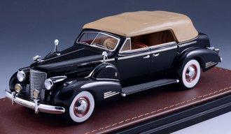 1938 Cadillac V16 Series 90 Fleetwood Sedan Convertible (Closed Top) (Black)