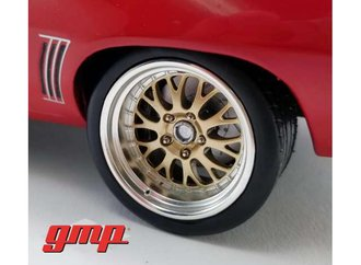 1:18 Big Red Pro Touring Wheel & Tire Pack (from GMP-18882)