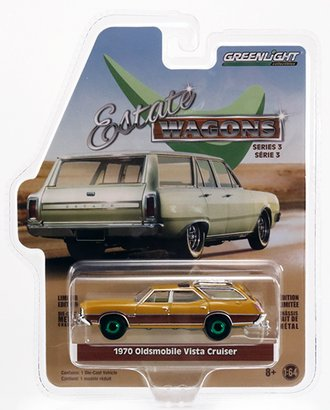 Chase 1:64 Estate Wagons - 1970 Oldsmobile Vista Cruiser (Nugget Gold Poly/Wood Grain)