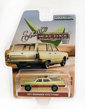 Chase 1:64 Estate Wagons Series 4 - 1971 Oldsmobile Vista Cruiser (Palm Green Metallic w/Woodgrain)