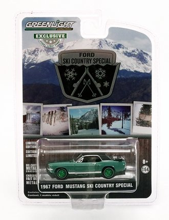 """Chase 1:64 1967 Ford Mustang Coupe """"Ski Country Special"""" (Loveland Green)"""