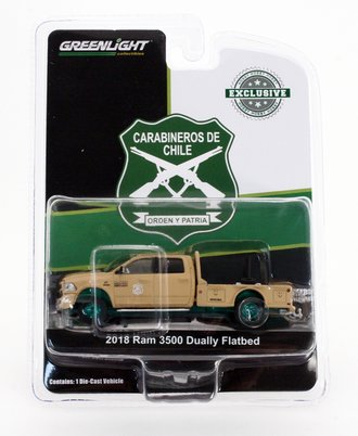 """Chase 1:64 2018 RAM 3500 Dually Flatbed """"Carabineros de Chile"""""""