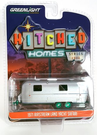 Chase 1:64 1971 Airstream Double-Axle Trailer