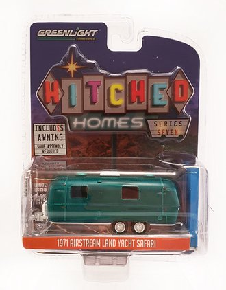 Chase 1:64 Hitched Homes Series 7 - 1971 Airstream Double-Axle Land Yacht Safari w/Awning