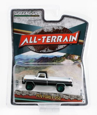Chase 1:64 1976 Ford F-250 w/Off-Road Parts (Black/White)