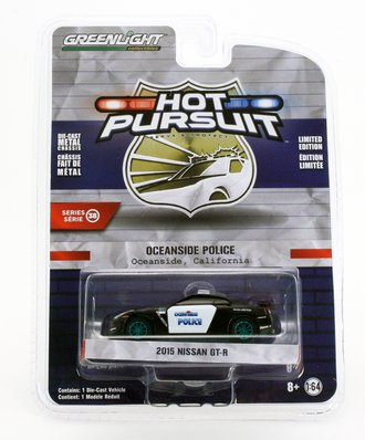 Chase 1:64 Hot Pursuit Series 38 - 2015 Nissan GT-R - Oceanside, California Police