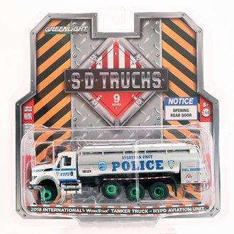 "Chase 1:64 2018 International WorkStar Tanker Truck ""New York City Police Dept (NYPD) Aviation Unit"""