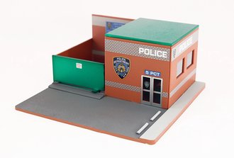 Chase 1:64 Mechanic's Corner Series 4-Hot Pursuit Central Command - New York City Police Department (NYPD)