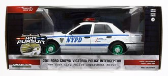 "Chase 1:24 Hot Pursuit - 2011 Ford Crown Victoria Police ""NYPD"""