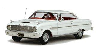 1:43 1963 Ford Falcon Sprint (Polar White)