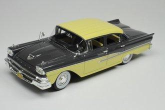 1958 Ford Fairlane 4-Door (Gunmetal Gray Metallic/Sun Gold)